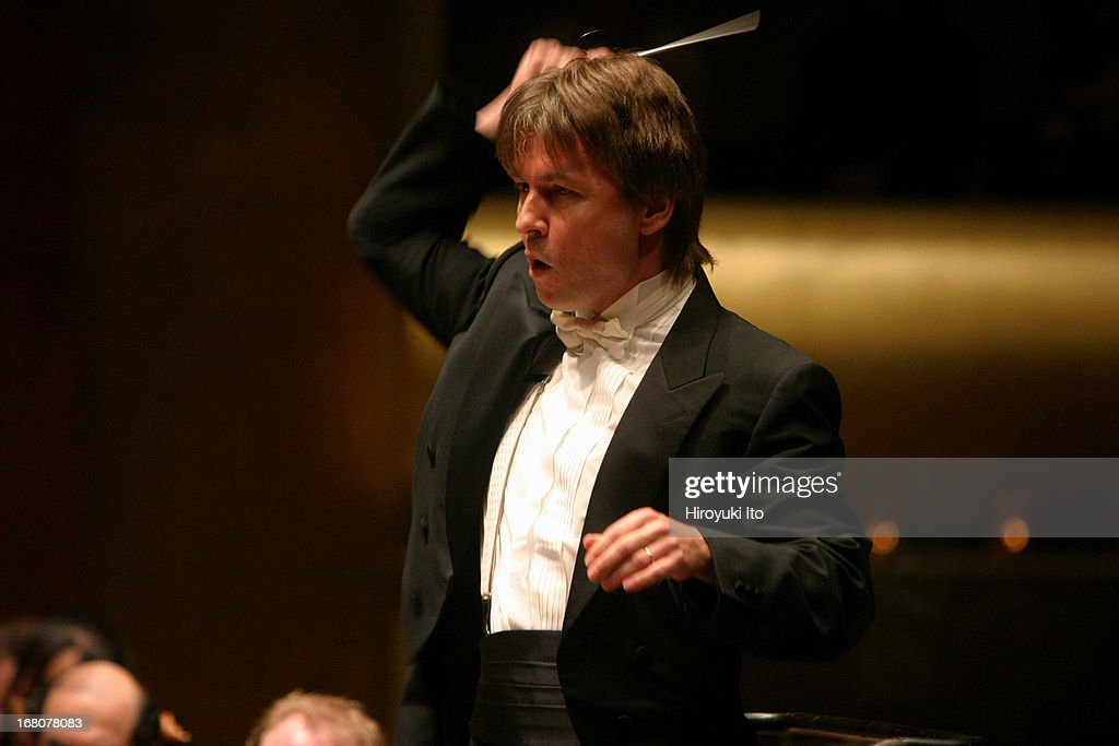 Los Angels Philharmonic performing at Avery Fisher Hall on Friday night, June 3, 2005.This image:<a gi-track='captionPersonalityLinkClicked' href=/galleries/search?phrase=Esa-Pekka+Salonen&family=editorial&specificpeople=3141979 ng-click='$event.stopPropagation()'>Esa-Pekka Salonen</a> conducting LA Philharmonic in Mussorgsky's 'St. John's Night on Bald Mountain.'