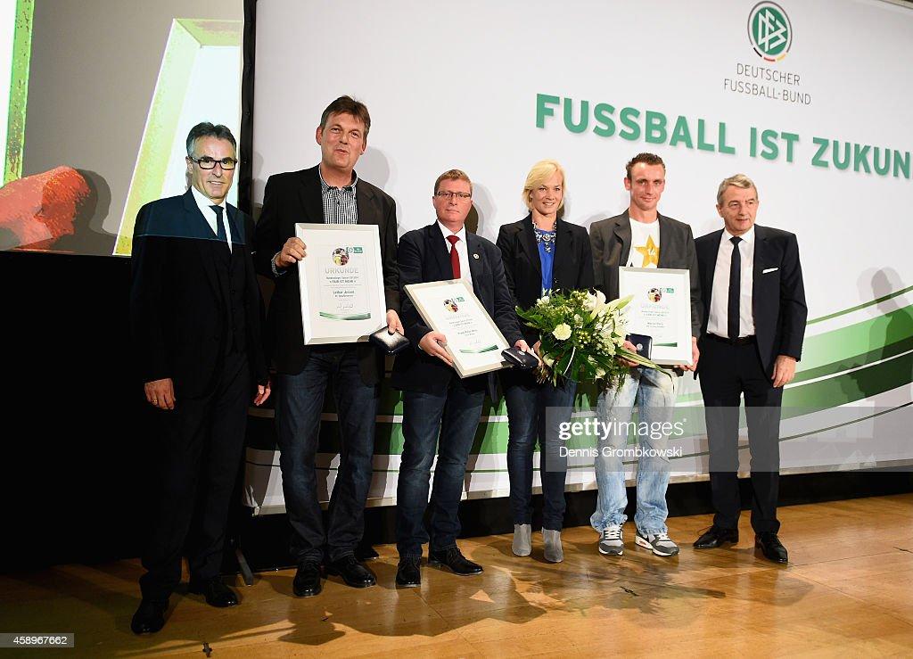 Lothar Jessen, Frank-Peter Meier and Marcel Paris pose during the Club 100/Fair ist mehr Award Ceremony at Rathaus Nuernberg on November 14, 2014 in Nuremberg, Germany.