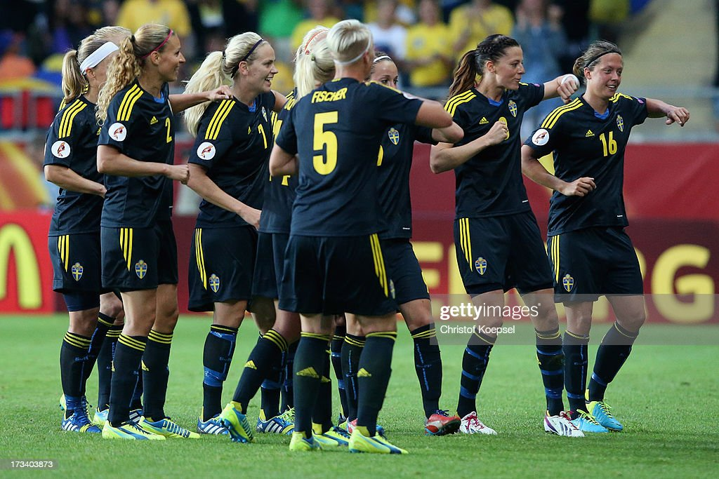 <a gi-track='captionPersonalityLinkClicked' href=/galleries/search?phrase=Lotta+Schelin&family=editorial&specificpeople=742197 ng-click='$event.stopPropagation()'>Lotta Schelin</a> of Sweden (2nd R9 celebrates the forth goal by dancing with her teanm during the UEFA Women's EURO 2013 Group A match between Finland and Sweden at Gamla Ullevi Stadium on July 13, 2013 in Gothenburg, Sweden.