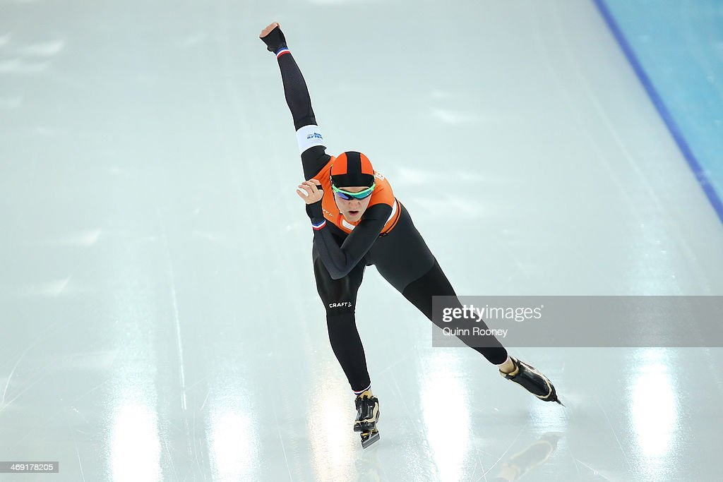 <a gi-track='captionPersonalityLinkClicked' href=/galleries/search?phrase=Lotte+van+Beek&family=editorial&specificpeople=9989212 ng-click='$event.stopPropagation()'>Lotte van Beek</a> of the Netherlands competes during the Women's 1000m Speed Skating event on day 6 of the Sochi 2014 Winter Olympics at Adler Arena Skating Center on February 13, 2014 in Sochi, Russia.