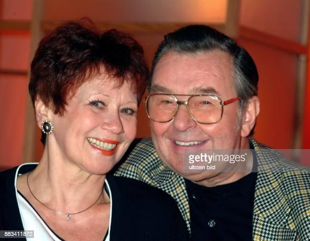 Lotti Krekel Sängerin Schauspielerin D mit Ehemann Ernst Hilbich
