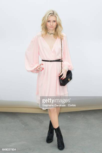 Lottie Moss attends the Chanel show as part of the Paris Fashion Week Womenswear Fall/Winter 2017/2018 on March 7 2017 in Paris France