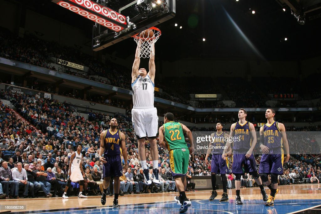 Lou Amundson #17 of the Minnesota Timberwolves dunks the ball against the New Orleans Hornets on February 2, 2013 at Target Center in Minneapolis, Minnesota.