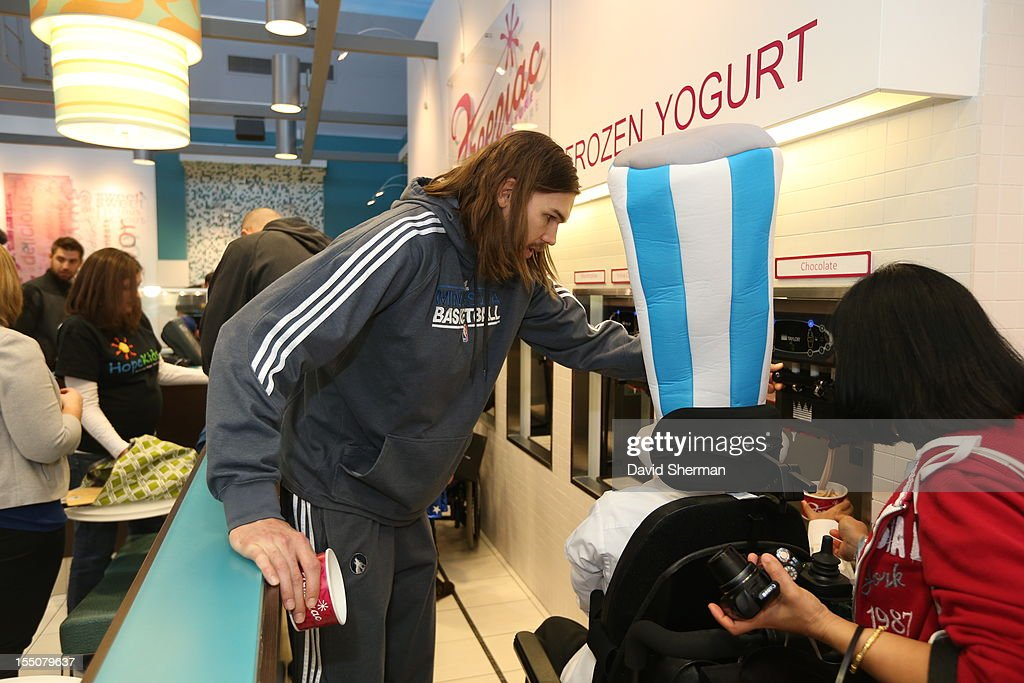 Lou Amundson of the Minnesota Timberwolves stop for frozen yogurt after trick or treating with kids who have cancer or other life-threatening illness, from Hope Kids, and their families on October 31, 2012 at the Mall of America in Bloomington, Minnesota.