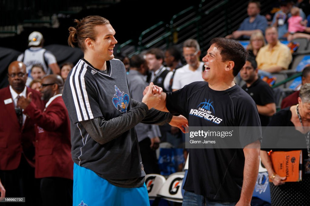 Lou Amundson #17 of the New Orleans Hornets shakes hands with Dallas Mavericks owner Mark Cuban before the game on April 17, 2013 at the American Airlines Center in Dallas, Texas.