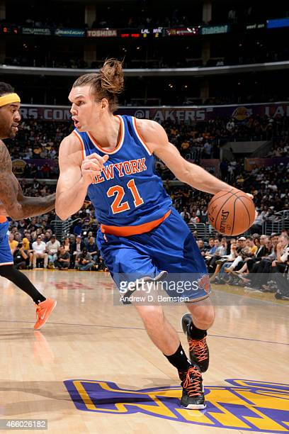 Lou Amundson of the New York Knicks drives against the Los Angeles Lakers on March 12 2015 in Los Angeles California NOTE TO USER User expressly...