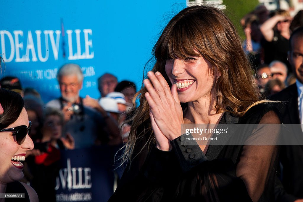 <a gi-track='captionPersonalityLinkClicked' href=/galleries/search?phrase=Lou+Doillon&family=editorial&specificpeople=208822 ng-click='$event.stopPropagation()'>Lou Doillon</a> arrives at the 'Snowpierce' Premiere and closing ceremony of the 39th Deauville American Film Festival on September 7, 2013 in Deauville, France.