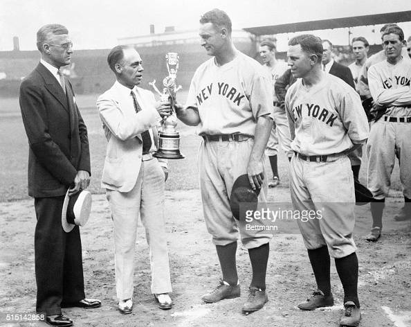 Lou Gehrig Yankee first baseman by playing against the Browns at St Louis on August 17 played in his 1308th consecutive game to break the old mark...
