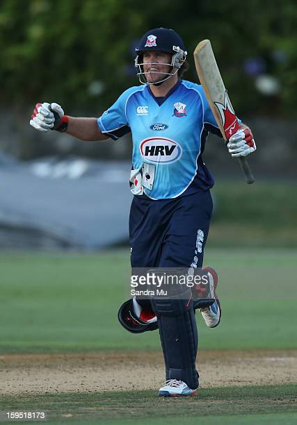 Lou Vincent of the Aces celebrates their win during the HRV Cup Twenty20 match between the Auckland Aces and the Central Stags at Eden Park on...