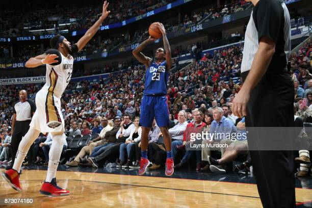 Lou Williams of the LA Clippers shoots the ball against the New Orleans Pelicans on November 11 2017 at Smoothie King Center in New Orleans Louisiana...