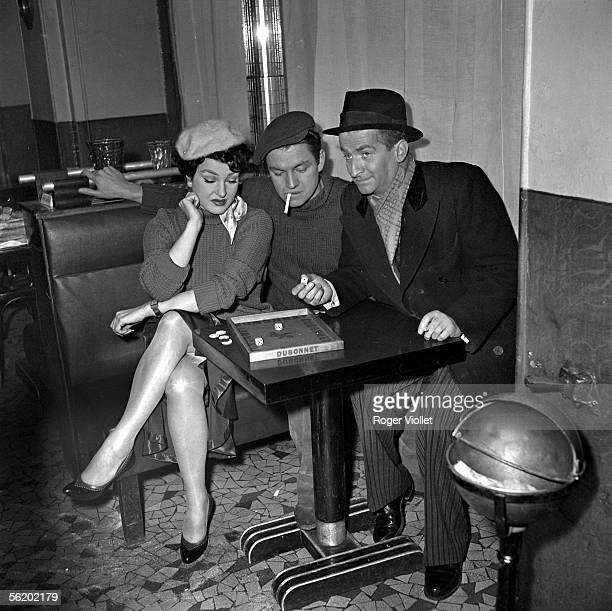 Louis de Funes Jean Gaven and Silvana Pampanini during the shooting of 'La Loi des rues' of Ralph Habib 1956