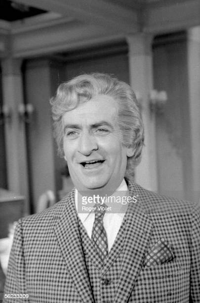 Louis de Funes on the shooting of 'La Grande Vadrouille' by Gerard Oury 1966 HA192034