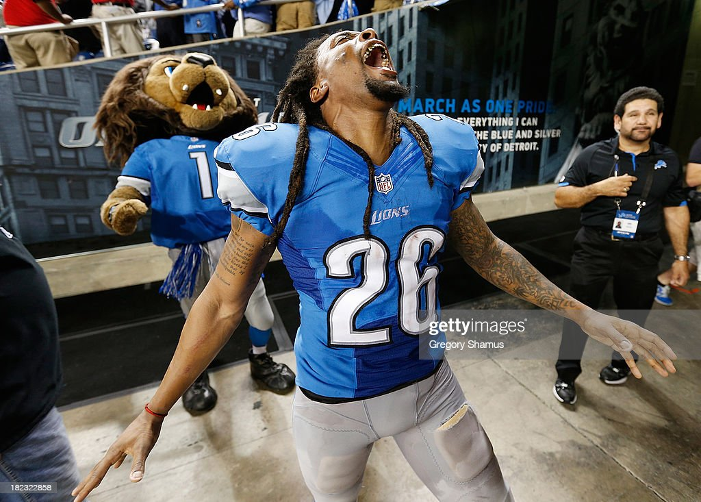 Louis Delmas #26 of the Detroit Lions celebrates a 40-32 victory over the Chicago Bears at Ford Field on September 29, 2013 in Detroit, Michigan.