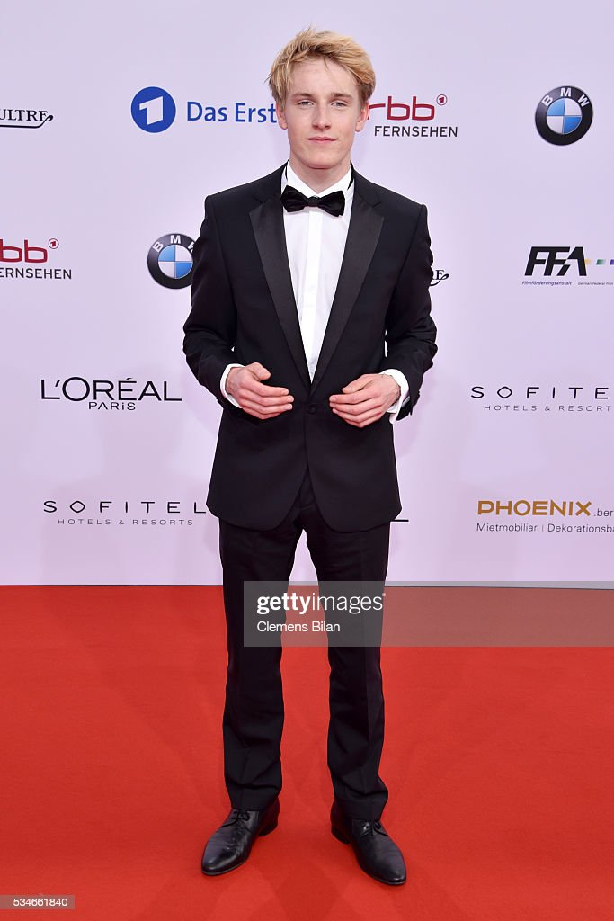 <a gi-track='captionPersonalityLinkClicked' href=/galleries/search?phrase=Louis+Hofmann&family=editorial&specificpeople=7307522 ng-click='$event.stopPropagation()'>Louis Hofmann</a> attends the Lola - German Film Award (Deutscher Filmpreis) on May 27, 2016 in Berlin, Germany.