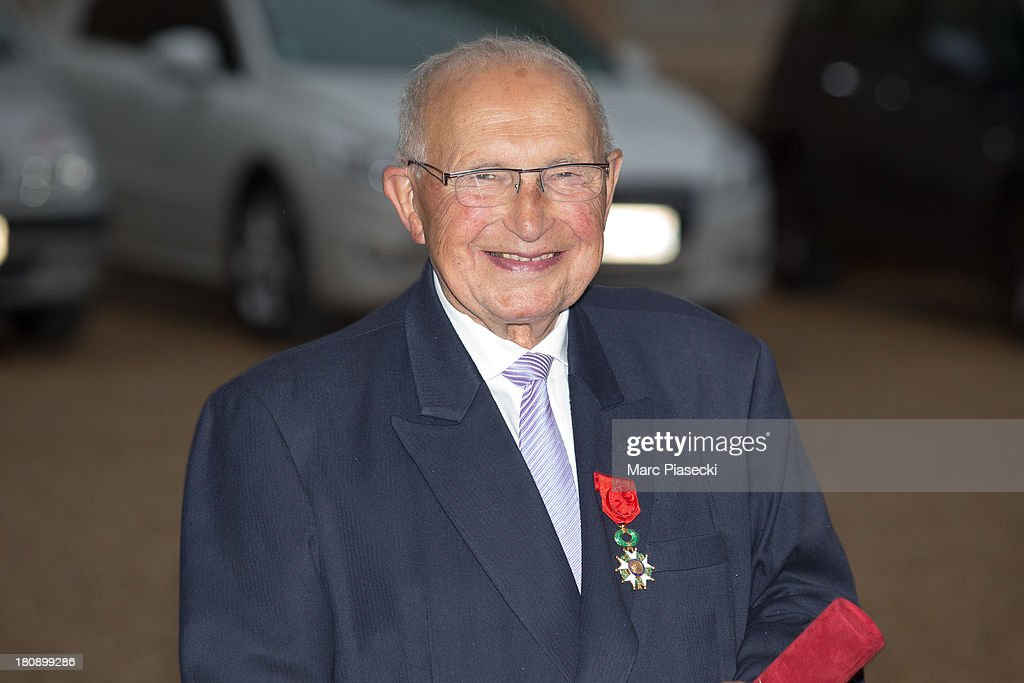 Louis Mexandeau leaves the 'Elysee' Palace after receiving the 'officier de la legion d'honneur' medal at Elysee Palace on September 17, 2013 in Paris, France.