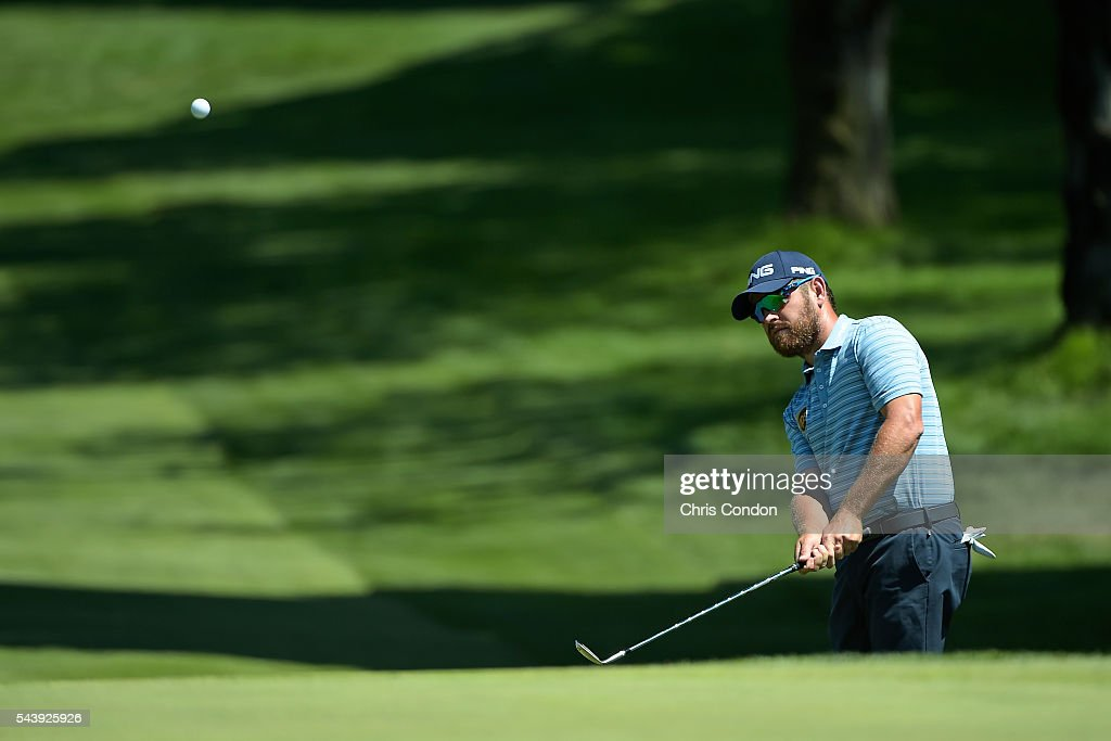 <a gi-track='captionPersonalityLinkClicked' href=/galleries/search?phrase=Louis+Oosthuizen&family=editorial&specificpeople=241573 ng-click='$event.stopPropagation()'>Louis Oosthuizen</a> of South Africa chips to the first green during the first round of the World Golf Championships-Bridgestone Invitational at Firestone Country Club on June 30, 2016 in Akron, Ohio.