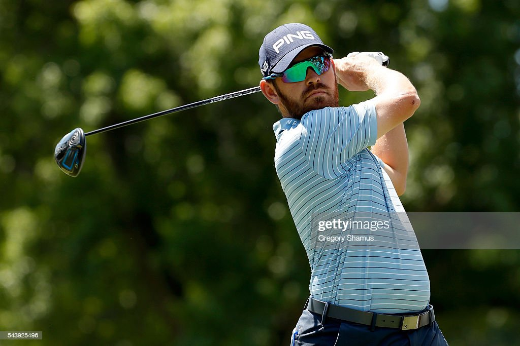<a gi-track='captionPersonalityLinkClicked' href=/galleries/search?phrase=Louis+Oosthuizen&family=editorial&specificpeople=241573 ng-click='$event.stopPropagation()'>Louis Oosthuizen</a> of South Africa hits off the third tee during the first round of the World Golf Championships - Bridgestone Invitational at Firestone Country Club South Course on June 30, 2016 in Akron, Ohio.