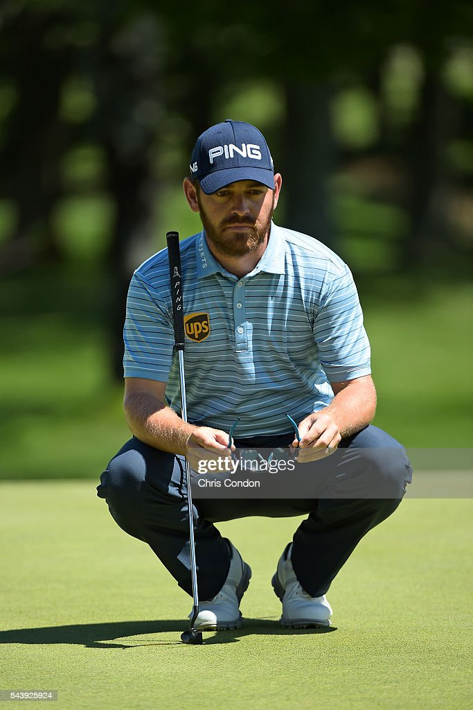 <a gi-track='captionPersonalityLinkClicked' href=/galleries/search?phrase=Louis+Oosthuizen&family=editorial&specificpeople=241573 ng-click='$event.stopPropagation()'>Louis Oosthuizen</a> of South Africa lines up a putt on the first green during the first round of the World Golf Championships-Bridgestone Invitational at Firestone Country Club on June 30, 2016 in Akron, Ohio.