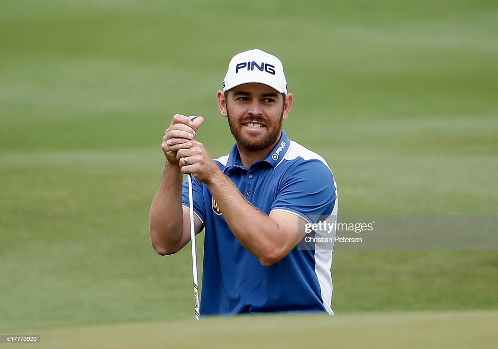 Louis Oosthuizen of South Africa reacts to a shot on the 14th hole during his semifinal match with Rafa Cabrera-Bello at the World Golf Championships-Dell Match Play at the Austin Country Club on March 27, 2016 in Austin, Texas.