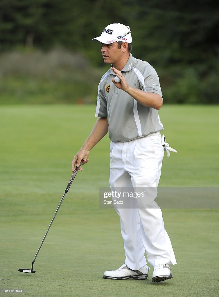 <a gi-track='captionPersonalityLinkClicked' href=/galleries/search?phrase=Louis+Oosthuizen&family=editorial&specificpeople=241573 ng-click='$event.stopPropagation()'>Louis Oosthuizen</a> of South Africa waves to the gallery on the ninth hole during the second round of the Deutsche Bank Championship at TPC Boston on September 1, 2012 in Norton, Massachusetts.