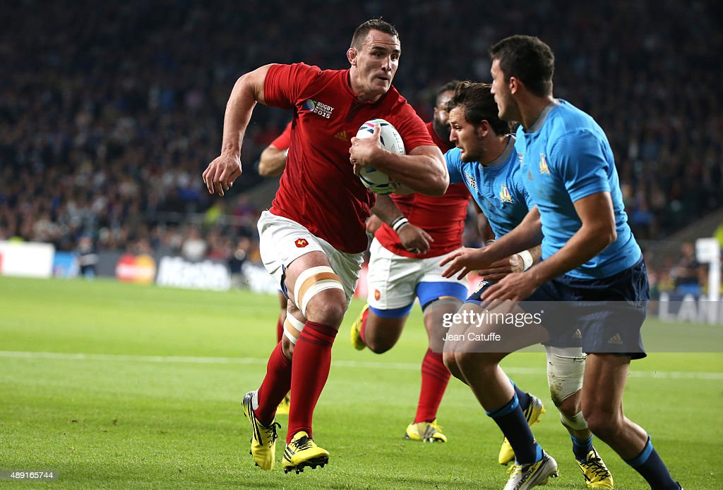 <a gi-track='captionPersonalityLinkClicked' href=/galleries/search?phrase=Louis+Picamoles&family=editorial&specificpeople=4877126 ng-click='$event.stopPropagation()'>Louis Picamoles</a> of France in action during the Rugby World Cup 2015 match between France and Italy at Twickenham Stadium on September 19, 2015 in London, England.