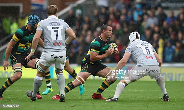 Louis Picamoles of Northampton runs with the ball during the Aviva Premiership match between Northampton Saints and Bath at Franklin's Gardens on...