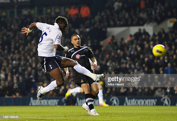 Louis Saha of Spurs scores their second goal during the Barclays Premier League match between Tottenham Hotspur and Newcastle United at White Hart...