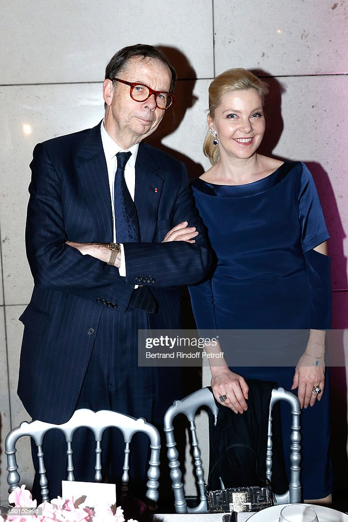 <a gi-track='captionPersonalityLinkClicked' href=/galleries/search?phrase=Louis+Schweitzer&family=editorial&specificpeople=555449 ng-click='$event.stopPropagation()'>Louis Schweitzer</a> and wife of Italia Ambassador attend the AROP Charity Gala with play of 'La Traviata'. Held at Opera Bastille on June 5, 2014 in Paris, France.