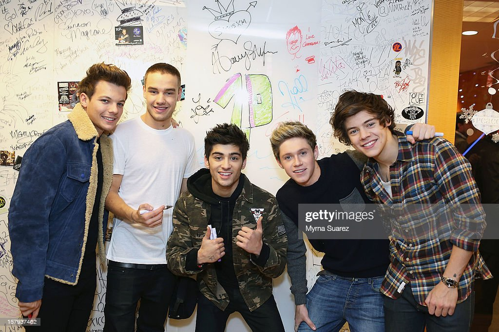 <a gi-track='captionPersonalityLinkClicked' href=/galleries/search?phrase=Louis+Tomlinson&family=editorial&specificpeople=7235196 ng-click='$event.stopPropagation()'>Louis Tomlinson</a>, <a gi-track='captionPersonalityLinkClicked' href=/galleries/search?phrase=Liam+Payne&family=editorial&specificpeople=7235152 ng-click='$event.stopPropagation()'>Liam Payne</a>, <a gi-track='captionPersonalityLinkClicked' href=/galleries/search?phrase=Zayn+Malik&family=editorial&specificpeople=7298822 ng-click='$event.stopPropagation()'>Zayn Malik</a>, <a gi-track='captionPersonalityLinkClicked' href=/galleries/search?phrase=Niall+Horan&family=editorial&specificpeople=7229827 ng-click='$event.stopPropagation()'>Niall Horan</a> and <a gi-track='captionPersonalityLinkClicked' href=/galleries/search?phrase=Harry+Styles&family=editorial&specificpeople=7229830 ng-click='$event.stopPropagation()'>Harry Styles</a> of One Direction visit SiriusXM's 'Artist Confidential' Series at SiriusXM Studios on December 7, 2012 in New York City.