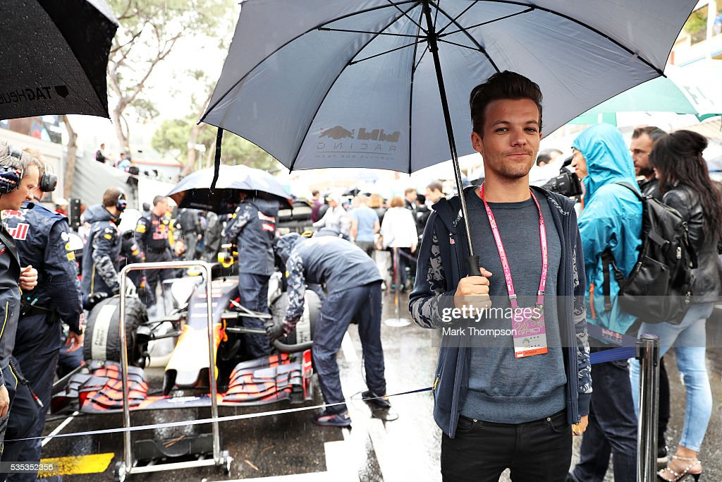 <a gi-track='captionPersonalityLinkClicked' href=/galleries/search?phrase=Louis+Tomlinson&family=editorial&specificpeople=7235196 ng-click='$event.stopPropagation()'>Louis Tomlinson</a>, singer, on the grid by Red Bull Racing during the Monaco Formula One Grand Prix at Circuit de Monaco on May 29, 2016 in Monte-Carlo, Monaco.