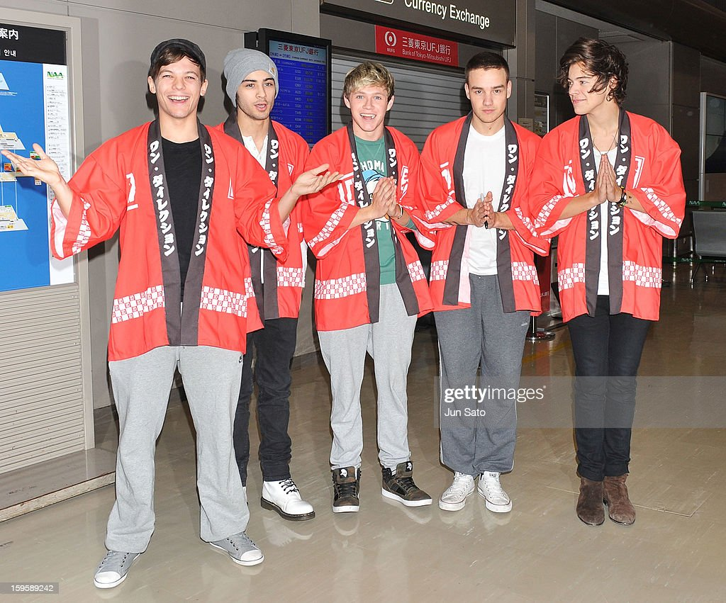 Louis Tomlinson, Zayn Malik, Niall Horan, Liam Payne and Harry Styles of One Direction are seen at Narita International Airport on January 17, 2013 in Narita, Japan.