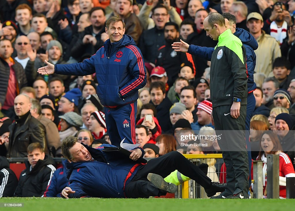 Louis van Gaal, Manager of Manchester United makes a point to the fourth official during the Barclays Premier League match between Manchester United and Arsenal at Old Trafford on February 28, 2016 in Manchester, England.
