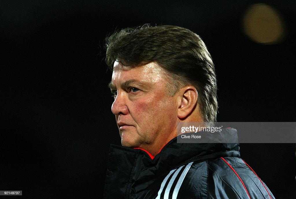 Louis Van Gaal of FC Bayern Muenchen looks on prior to the UEFA Champions League Group A match between Bordeaux and FC Bayern Muenchen at the Stade...