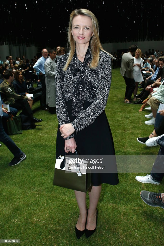 louis-vuittons-executive-vice-president-delphine-arnault-attends-the-picture-id800575620