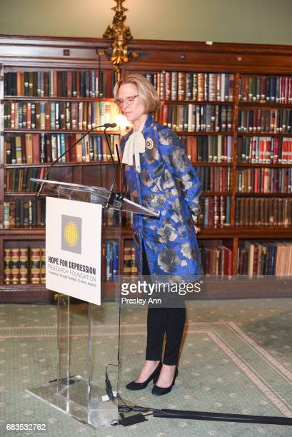 Louisa Bennett attends Audrey Gruss' Hope for Depression Research Foundation Dinner with Author Daphne Merkin at The Metropolitan Club on May 15 2017...