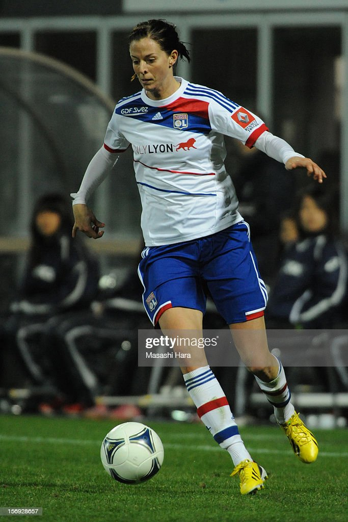 <a gi-track='captionPersonalityLinkClicked' href=/galleries/search?phrase=Louisa+Necib&family=editorial&specificpeople=2333059 ng-click='$event.stopPropagation()'>Louisa Necib</a> #10 of Olympique Lyonnais in action during the International Women's Club Championship Final Match between INAC Kobe Leonessa and Olympique Lyonnais at Nack5 Stadium Omiya on November 25, 2012 in Saitama, Japan.