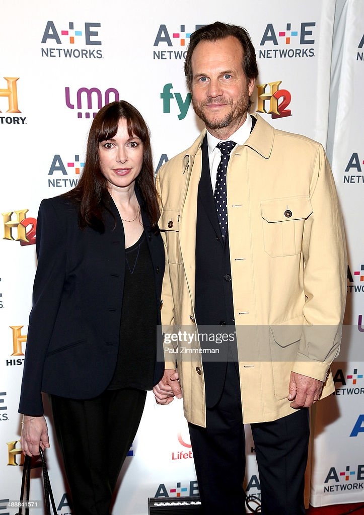 Louise Newbury (L) and <a gi-track='captionPersonalityLinkClicked' href=/galleries/search?phrase=Bill+Paxton&family=editorial&specificpeople=241223 ng-click='$event.stopPropagation()'>Bill Paxton</a> attend the 2014 A+E Networks Upfront at Park Avenue Armory on May 8, 2014 in New York City.