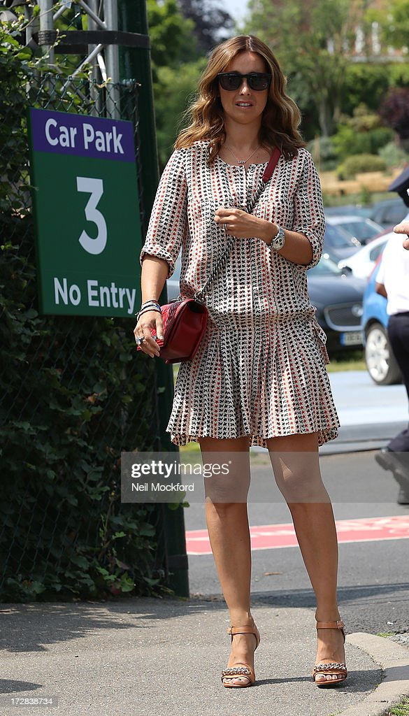 <a gi-track='captionPersonalityLinkClicked' href=/galleries/search?phrase=Louise+Redknapp&family=editorial&specificpeople=206499 ng-click='$event.stopPropagation()'>Louise Redknapp</a> seen at Wimbledon on Men's Semi-Final day on July 5, 2013 in London, England.