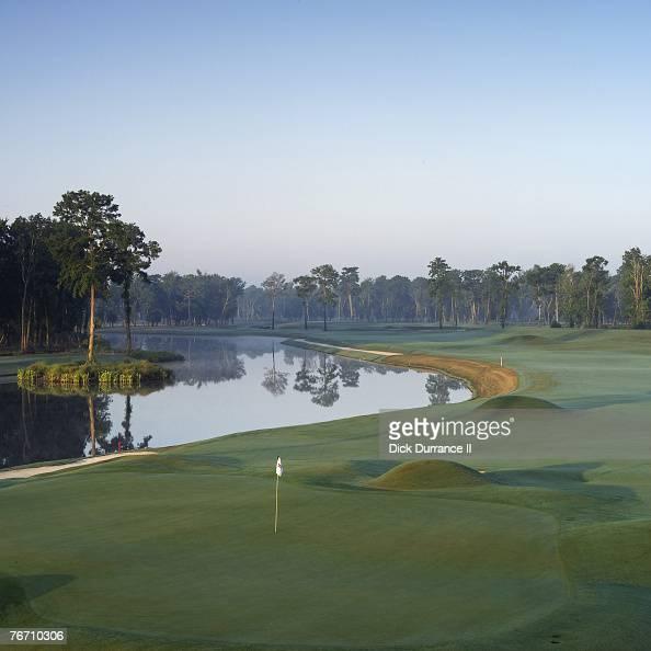 TPC Louisiana Hole 604 yd par 5 Architect Pete Dye PGA TOUR Player Consultants Steve Elkington Kelly Gibson