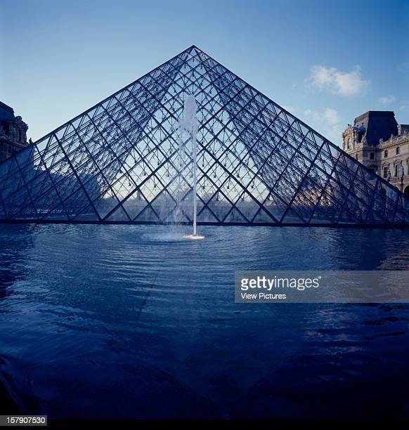 Louvre Paris France Architect I M Pei Partners Louvre Louvre And Fountain