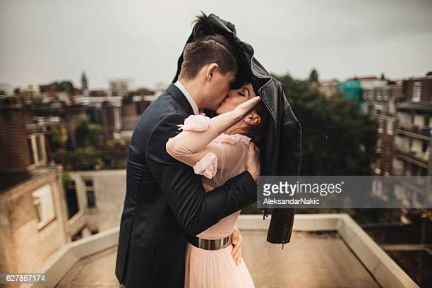 Love over the roofs