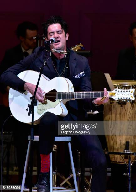G Love performs at the The Music Of Aretha Franklin Tribute at Carnegie Hall on March 6 2017 in New York City