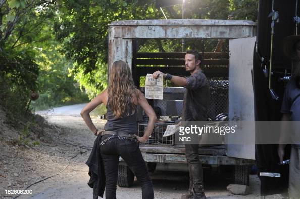 REVOLUTION 'Love Story' Episode 203 Pictured Tracy Spiridakos as Charlie Matheson David Lyons as Sebastian Monroe