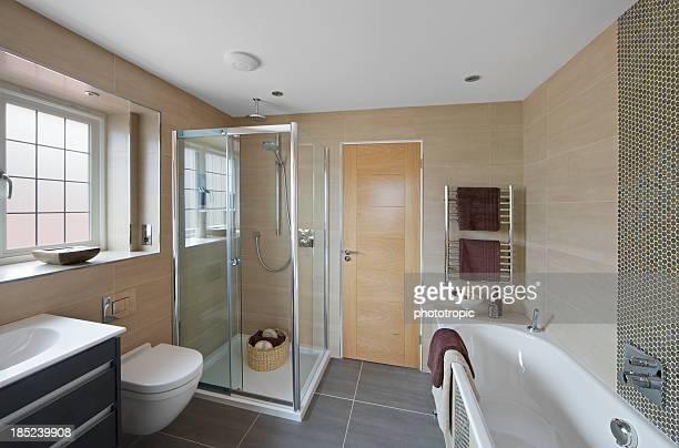 Schöne Gäste-Badezimmer