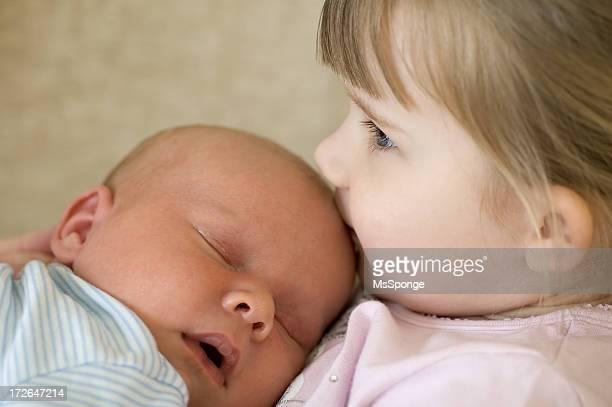 Liebevoll baby-Bruder