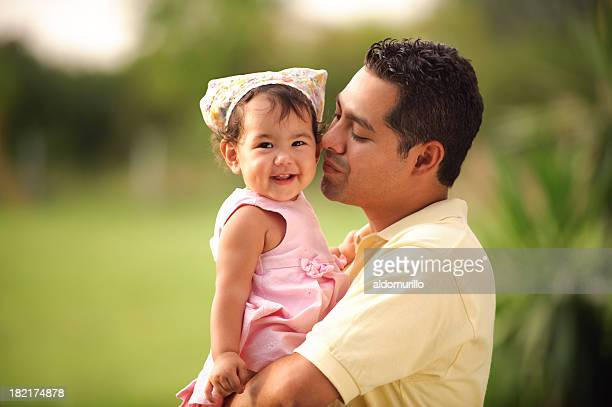 Amoroso padre y su hija