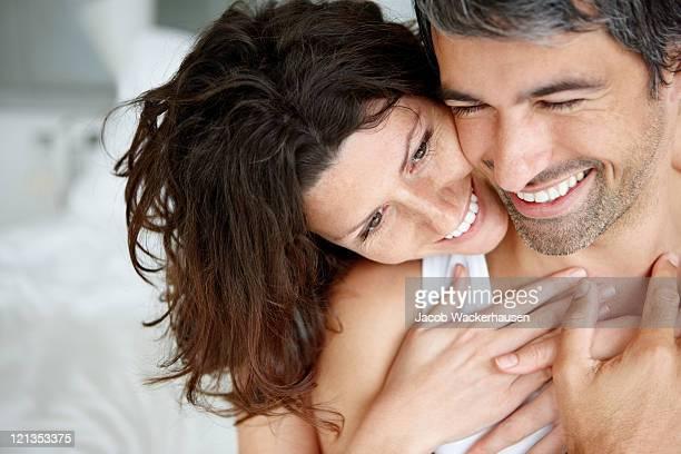 Liebevoll Älteres Paar Genießen Sie selbst