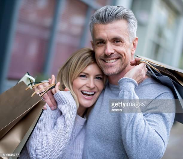Liebevoll shopping Paar