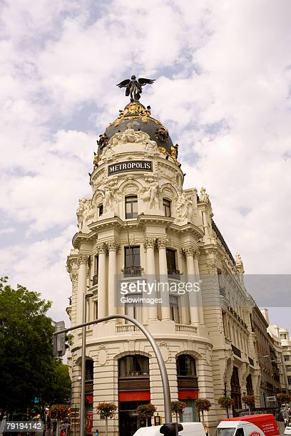 Low angle view of a building, Metropolis Building, Madrid, Spain