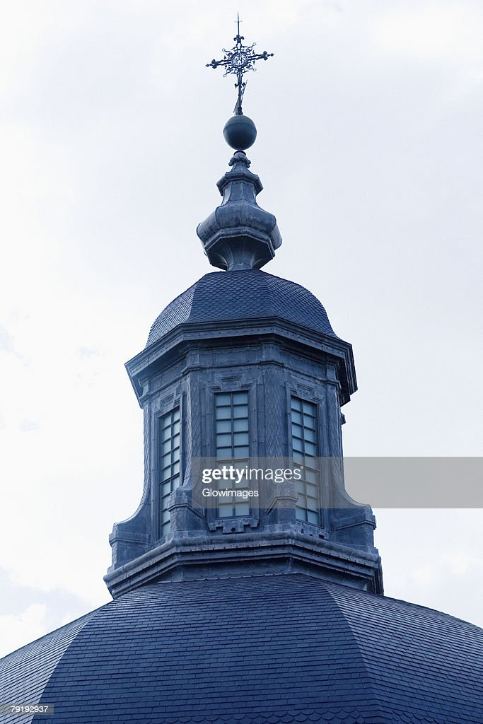 Low angle view of a church, Toledo, Spain : Foto de stock